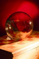 Cómo colgar esferas de vidrio