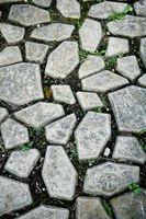 Formas para pisar piedras