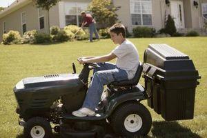 Cómo reemplazar el embrague en un Tractor del césped Craftsman LT2000