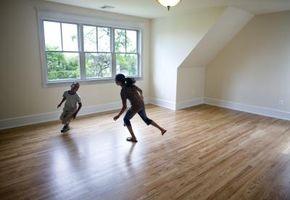 ¿Puede utilizar diferentes estilos de pisos de madera en una casa?