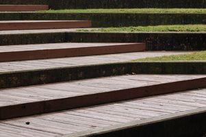 Construir pasos de escaleras de madera al aire libre