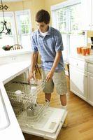 ¿Qué es una clavija ajustable para un lavavajillas?