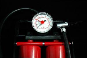 Cómo calcular la presión de la bomba
