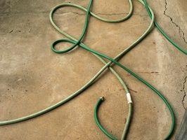¿Cómo reparar una manguera de la arandela de presión