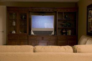 Cómo conectar un sistema de cine en casa con una TV Sony Bravia