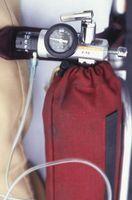 ¿Cuándo debo usar la botella del humidificador en mi concentrador de oxígeno?