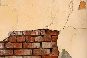 Cómo crear una pared de ladrillo del Faux con chapa