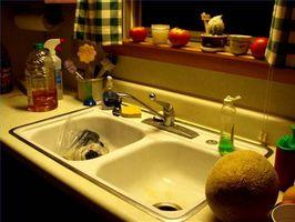Cómo instalar un fregadero de cocina con borde terminado