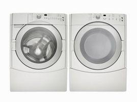 Ideas para instalar una lavadora y secadora en el baño