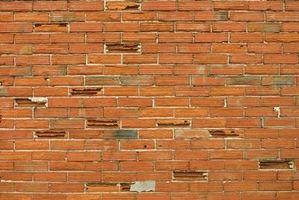 Cómo construir una pared de ladrillo del Faux sobre bloques de hormigón