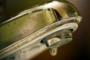 ¿Con qué frecuencia debe limpiar los grifos?