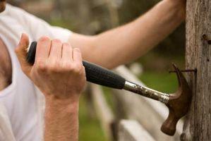 ¿Qué cortará a través de tornillos o clavos?