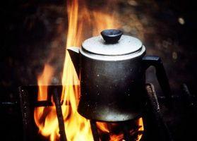 Cómo utilizar un horno Tandoor en una estufa