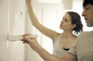Cómo pintar sobre paredes sucias