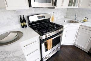 Blanco y negro remodelación cocina Ideas