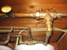 Cómo ejecutar una caldera de agua caliente