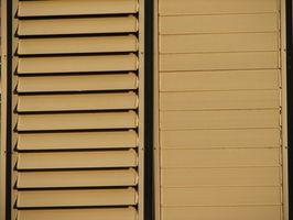 Cómo instalar persianas de plantaciones fuera de la ventana