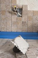 Instrucciones para la colocación de azulejos de la pared