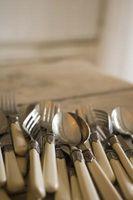 Cómo decorar los platos y cubiertos con granos