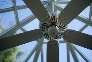 Cómo solucionar una aspa del ventilador de techo