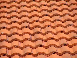 Métodos para techos de azulejo de la arcilla