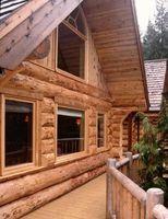 Cómo decorar con azul en una casa de troncos