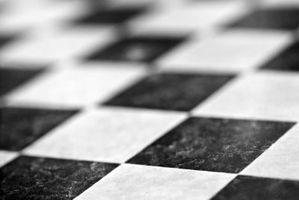 ¿Qué Color se ve bien con negro y blanco ajedrez baño pisos en baldosa