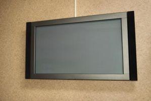 Cómo decorar una pared con una TV de pantalla grande