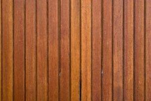 Cómo pintar los paneles de madera laminado