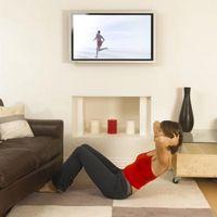 Cómo instalar soportes de pared para TV Plasma