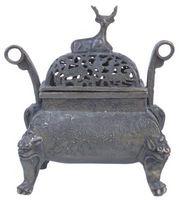 Cómo construir una mesa sobre un calentador de hierro fundido