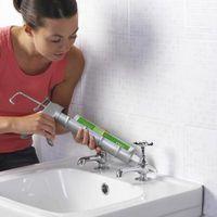 Guía para usar un calentador para secar el baño para calafatear