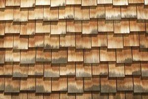 Tratamiento de material para techos de cedro