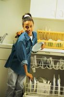 Cómo ajustar la presión del agua en el lavavajillas