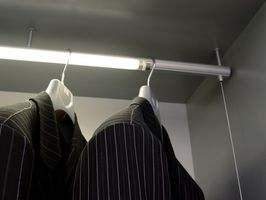 Ideas de iluminación de armario