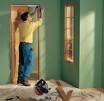 Cómo reemplazar una jamba de la puerta