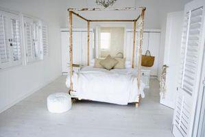 Cómo decorar una cama en un dormitorio pequeño