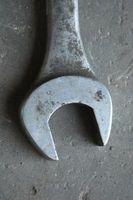 Cómo conseguir las cuchillas de una cortadora de césped Bolens