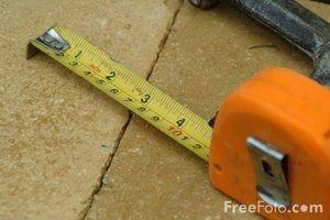 ¿Cómo funciona una cinta métrica?