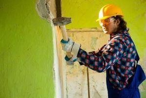 Cómo reemplazar el listón y yeso con cemento