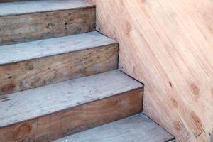 ¿Cómo asegurar la escalera de roble de las pisadas