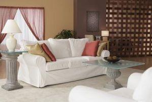 ¿Cuánta tela cubre un sofá con cojines?