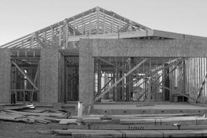 Pasos para construir una casa en terrenos baldíos