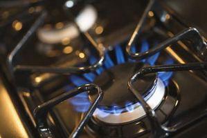 Cómo limpiar tu encendedor en su estufa de Gas