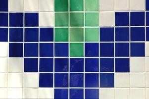 ¿Cuál es la profundidad correcta del contador para azulejos con bordes?
