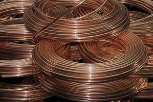 Cómo hacer una línea de agua de cobre para nevera