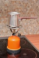 ¿Cómo limpiar una estufa de cocina ayuda