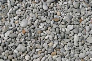 Cómo reemplazar la hierba con los tipos de piedras