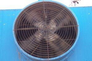 Cómo agregar hielo a un ventilador para enfriamiento