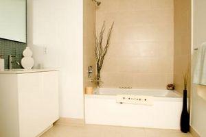 Cómo hacer ducha estantes usando cerámica Bullnose